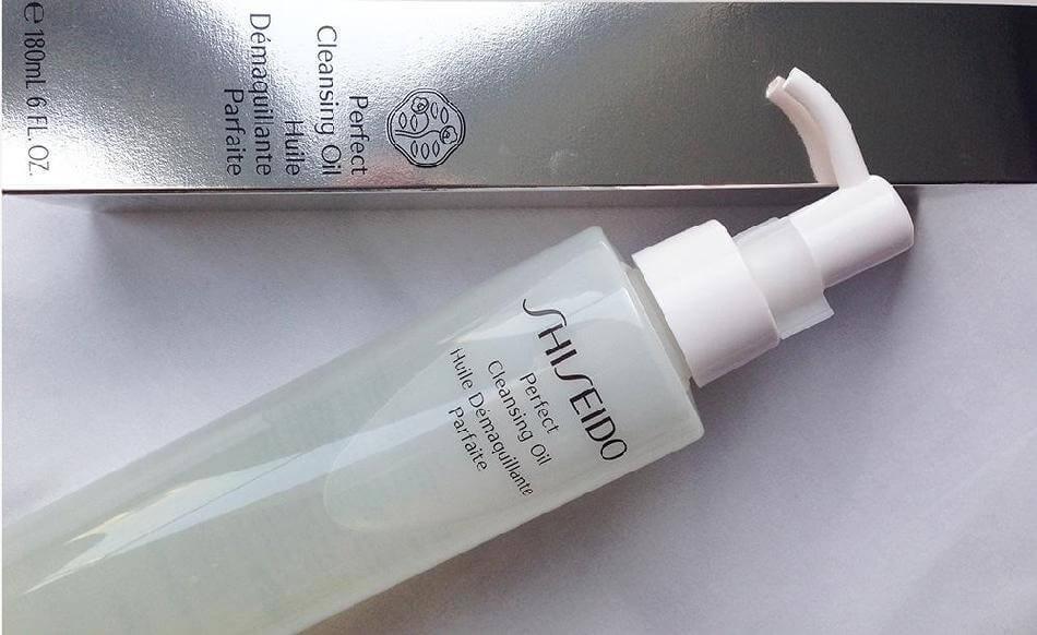 dau-tay-trang-shiseido-perfect-cleansing-oil-01
