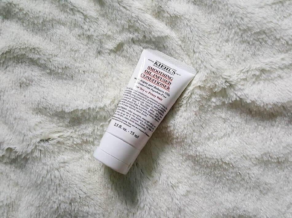 Dầu xả Kiehl's Chăm sóc tóc Smoothing Oil-Infused Conditioner