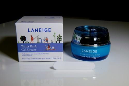 gel-duong-am-laneige-skincare-water-bank-gel-cream-01
