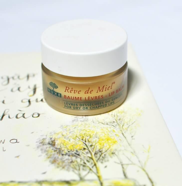 kem-duong-nuxe-skincare-ultra-nourishing-lip-balm-reve-de-miel-01