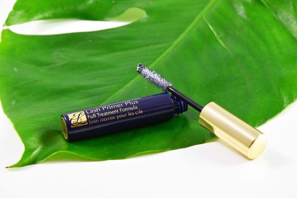 Mascara Estee Lauder full treatment formula- Không vàng trắng hay xanh đen, vàng xanh mới đúng chuẩn