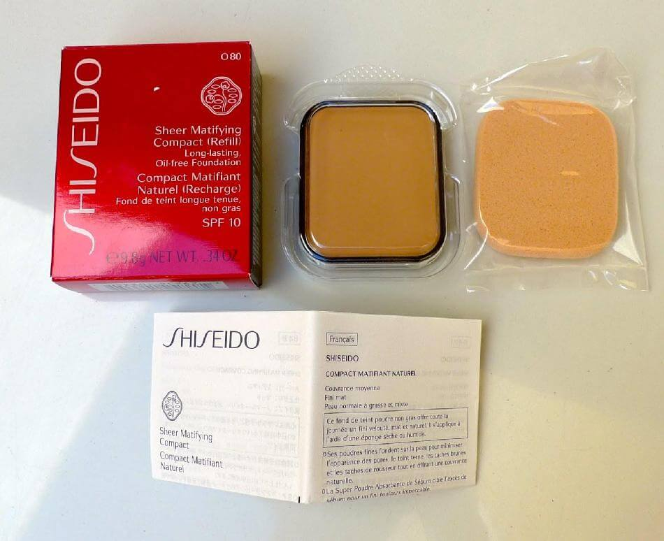 phan-nen-dang-nen-shiseido-trang-diem-mat-sheer-and-perfect-compact-01