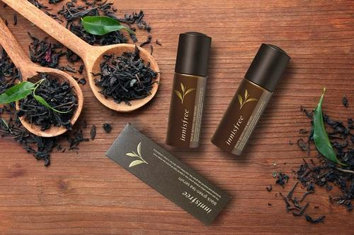 tinh-chat-innisfree-tinh-chat-black-green-tea-serum-01