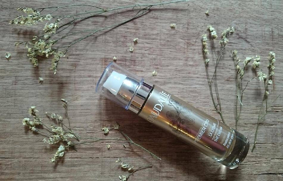 tinh-dau-duong-caudalie-premier-cru-the-elixir-04