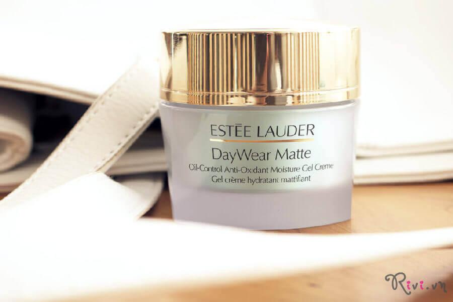 gel-duong-estee-lauder-daywear-matte-01