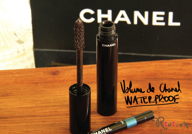 mascara-chanel-trang-diem-mat-le-volume-de-chanel-waterproof-03