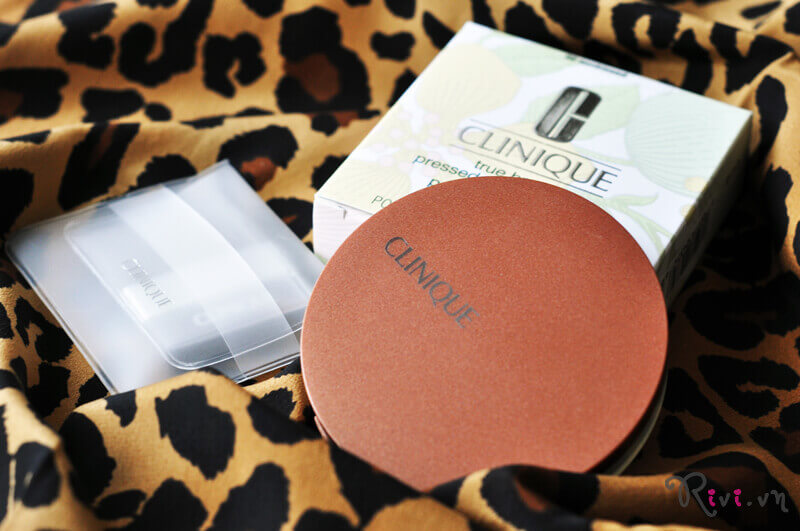 phan-tao-khoi-clinique-true-bronzepressed-powder-bronzer-01