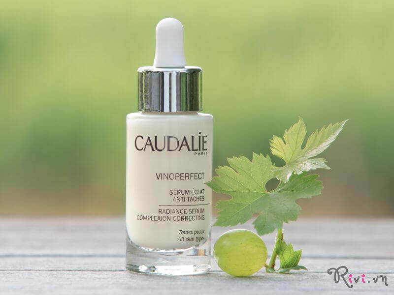 tinh-chat-caudalie-radiance-serum-05