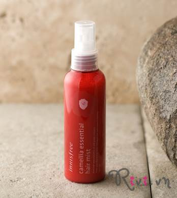 xit-khoang-innisfree-hair-camellia-essential-hair-mist-05