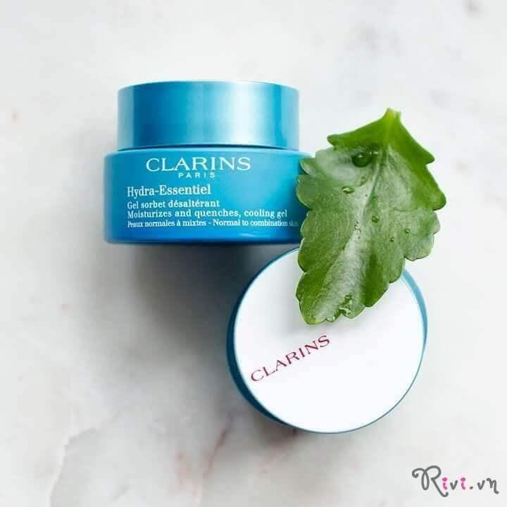 kem-duong-clarins-skincare-hydra-essentiel-silky-cream-spf-15-05