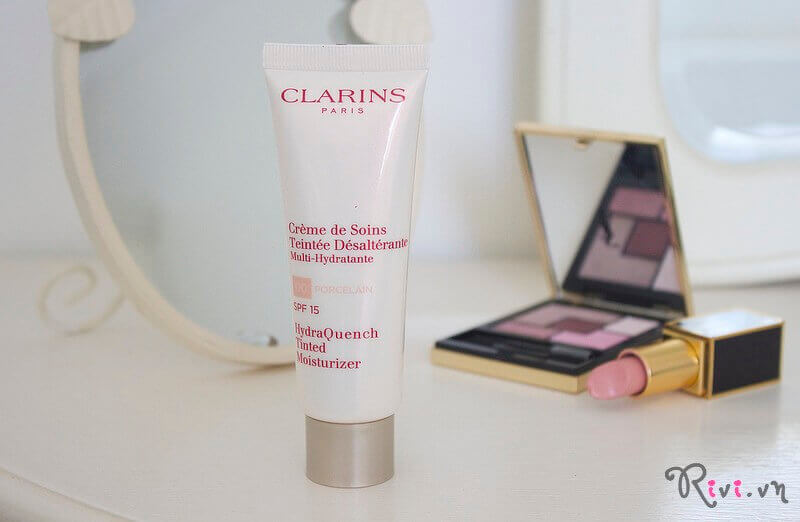 kem-duong-clarins-skincare-tinted-moisturizer-spf15-02