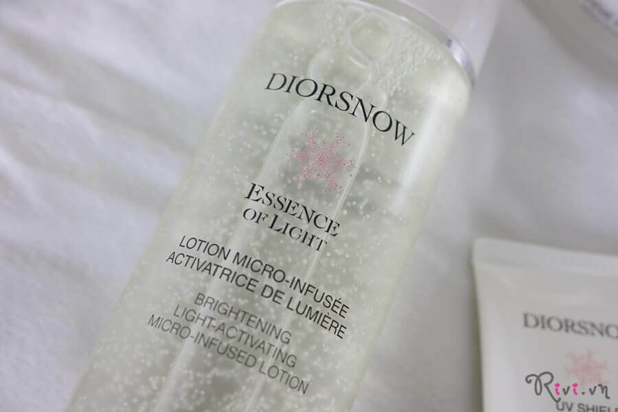 kem-duong-dior-brightening-light-activating-micro-infused-lotion-03