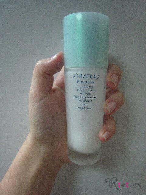 kem-duong-shiseido-matifying-moisturizer-oil-free-01