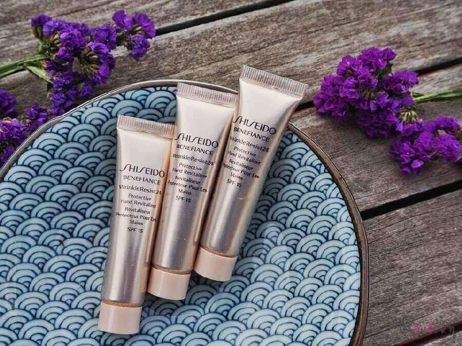 kem-duong-shiseido-wrinkleresist24-protective-hand-revitalizer-03