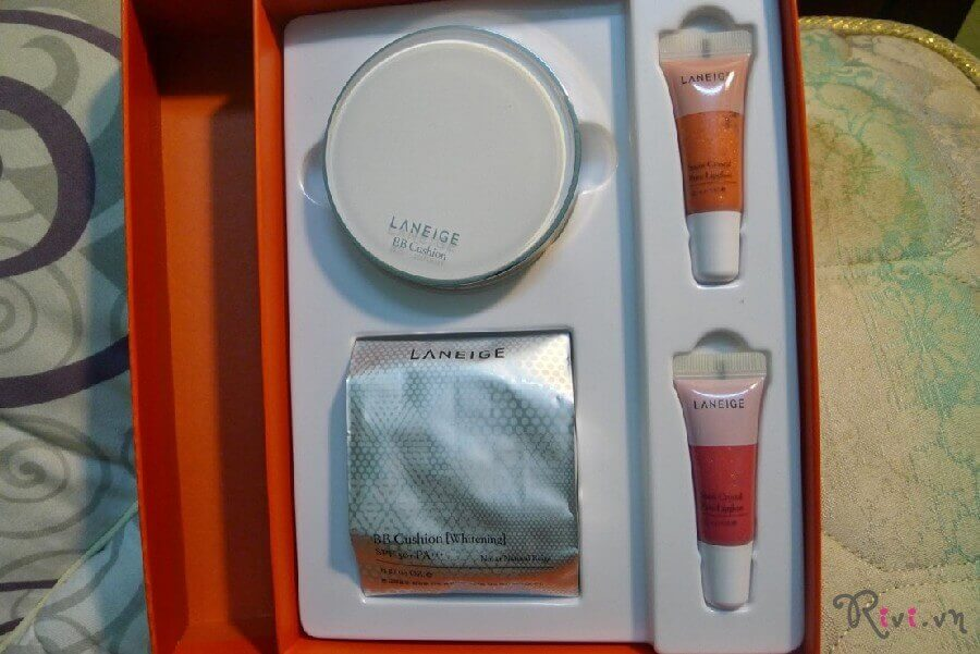 kem-nen-laneige-makeup-bb-cushionwhitening-02
