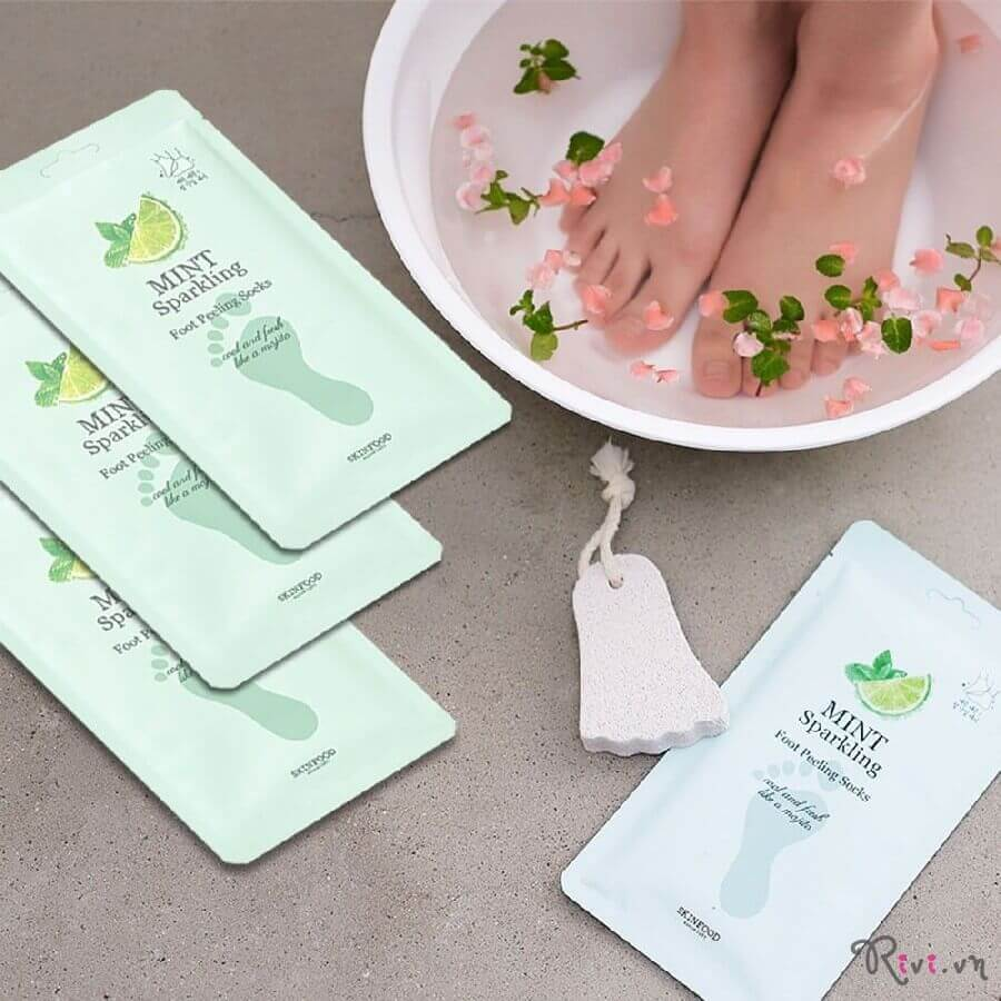 mat-na-chan-skinfood-bath-body-mint-sparkling-foot-peeling-socks-04
