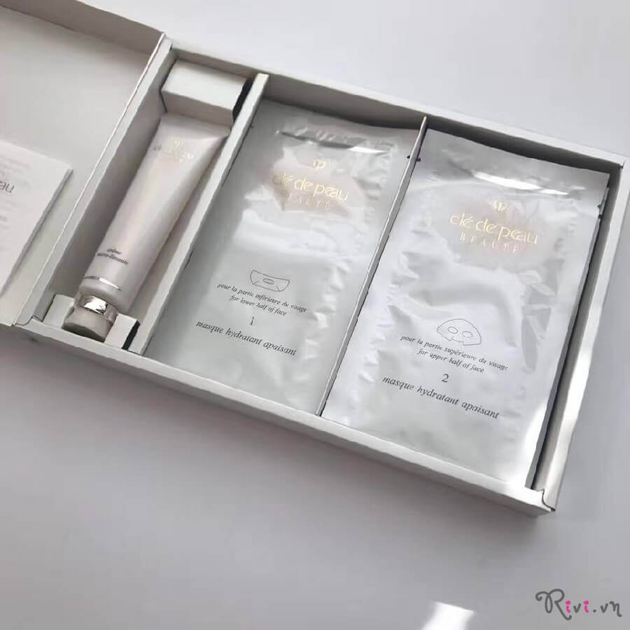 mat-na-cle-de-peau-beaute-micro-refining-treatment-01