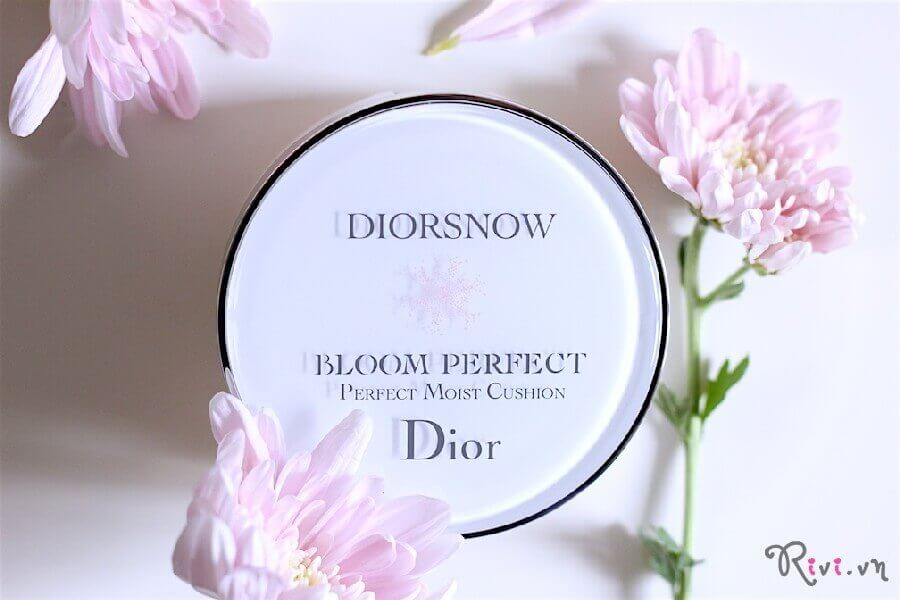 phan-nen-dior-bloom-perfect-brightening-perfect-moist-cushion-spf50-01