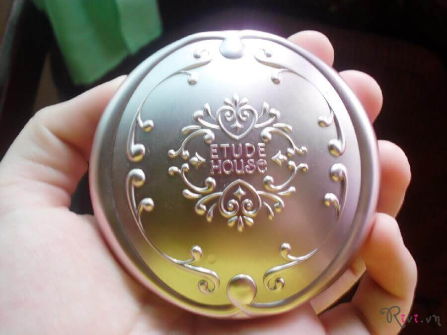 phan-phu-etude-house-face-secret-beam-powder-pact-02