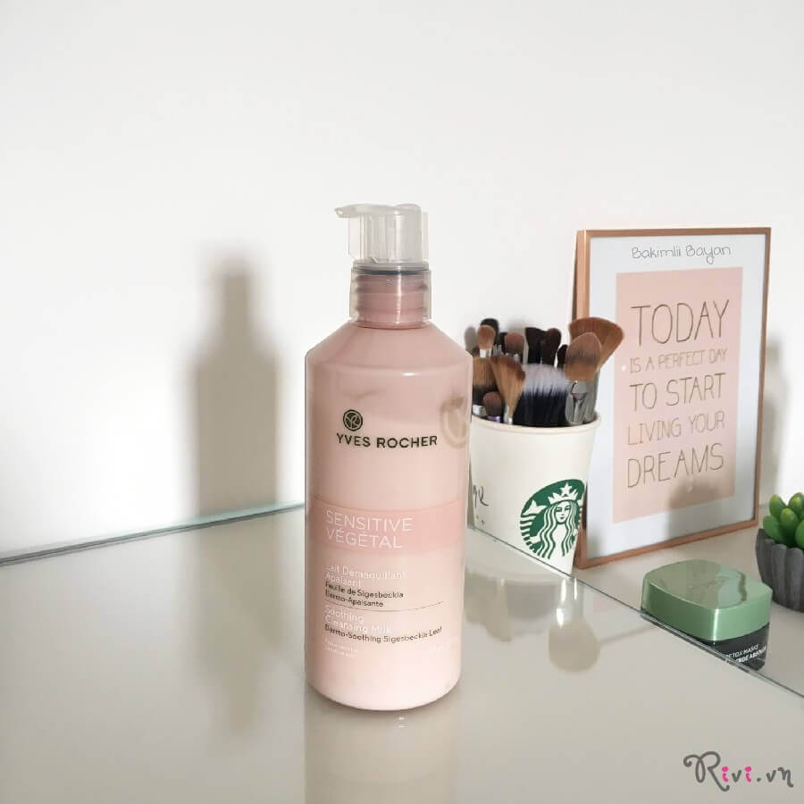 sua-rua-mat-yves-rocher-soothing-cleansing-milk-01