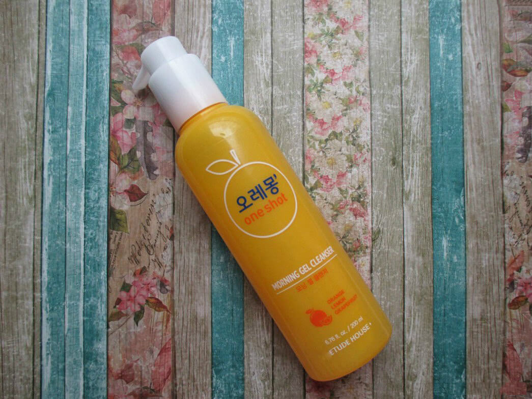 gel-rua-mat-etude-house-cleansing-morning-gel-cleanser-01