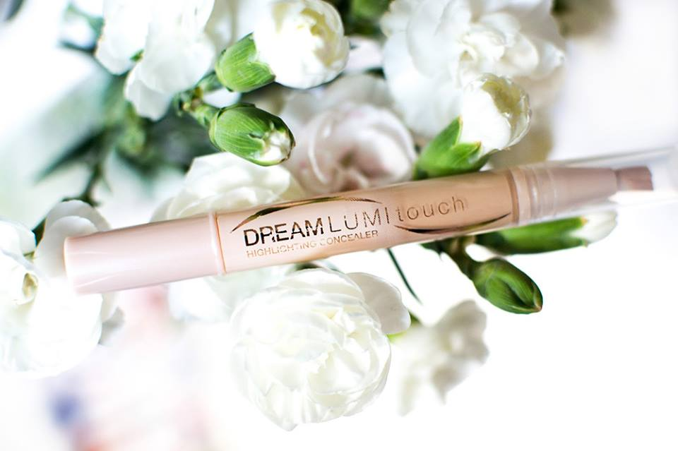 Kem che khuyết điểm Maybelline DREAM LUMI TOUCH HIGHLIGHTING CONCEALER