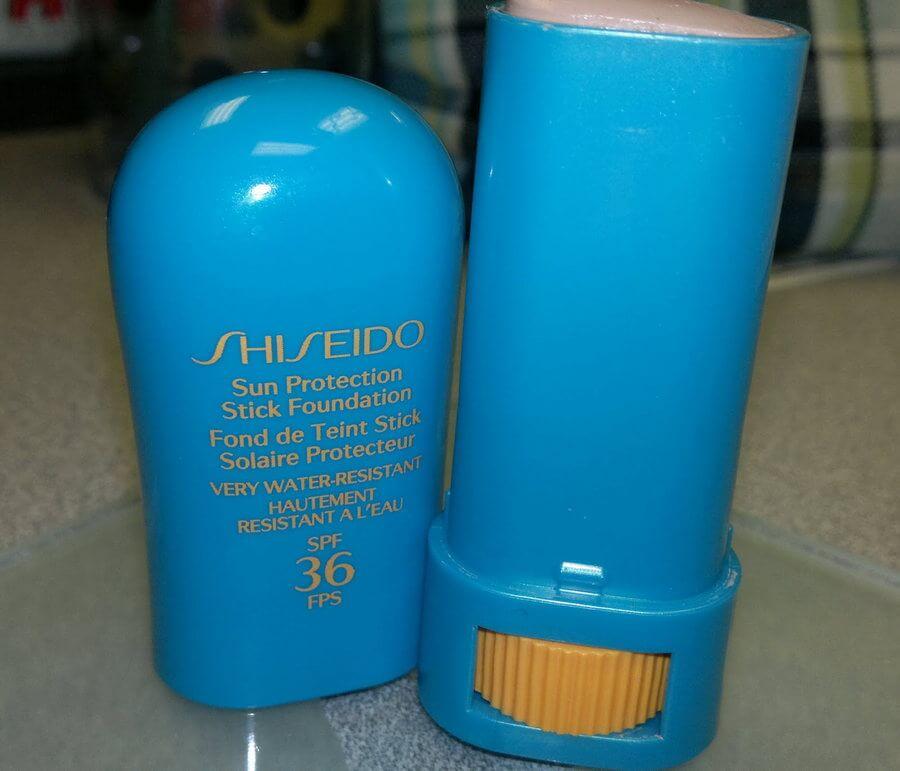 kem-chong-nang-shiseido-chong-nang-uv-protective-stick-foundation-01