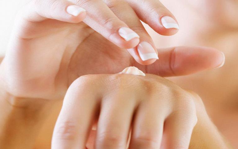 Kem dưỡng IMAGE SKINCARE Body intense lightening hand crème spf 15