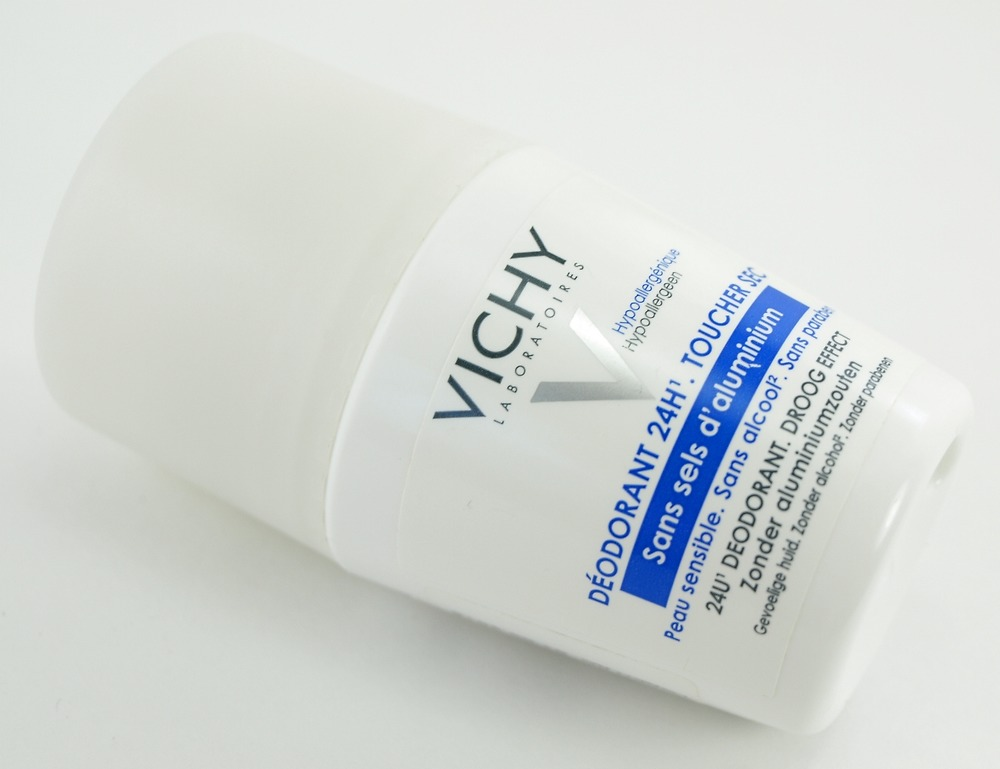 kem-duong-vichy-24-hour-dry-touch-deodorant-04