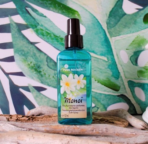 kem-duong-yves-rocher-lagoon-moisturizing-perfumed-body-mist-02
