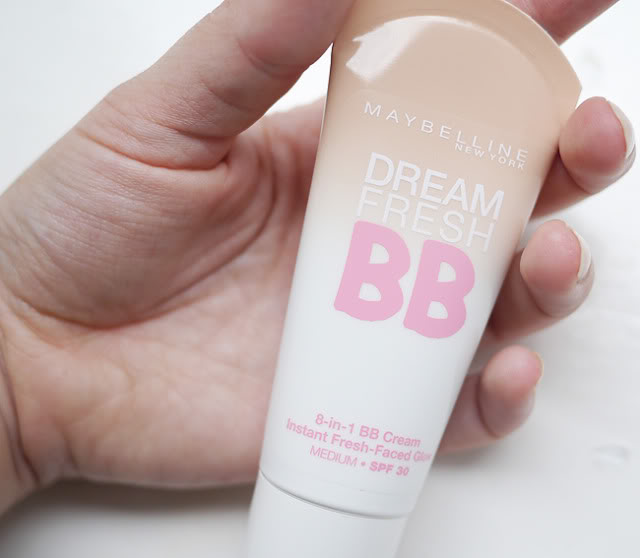 Kem nền Maybelline DREAM FRESH BB®