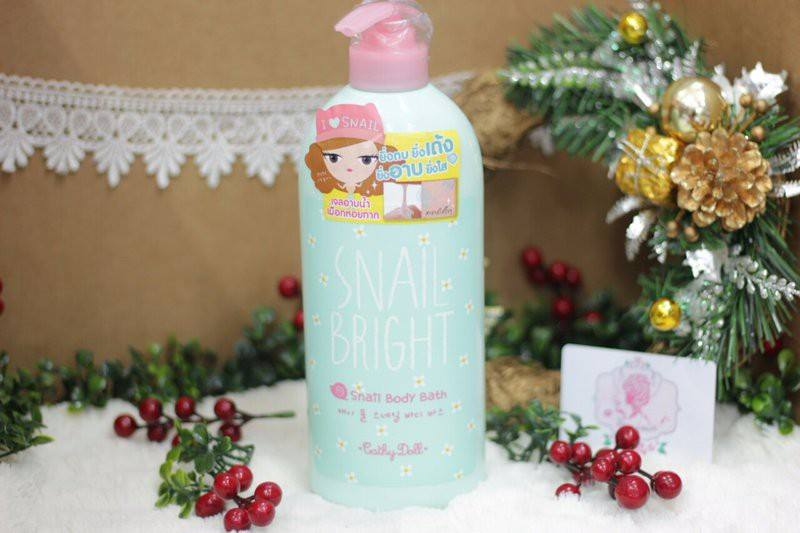 Sữa tắm Karmart Body Cathy Doll Snail Bright Snail Body Bath 750ml