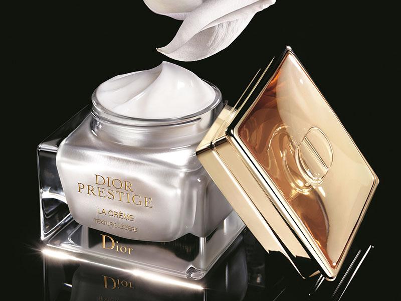 Kem dưỡng da cao cấp Dior  Prestige La Crème Texture Riche Nguồn dưỡng chất tối ưu từ những cánh hồng.