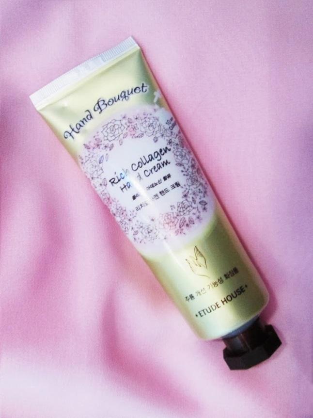 kem-duong-etude-house-body-rich-collagen-hand-cream-01