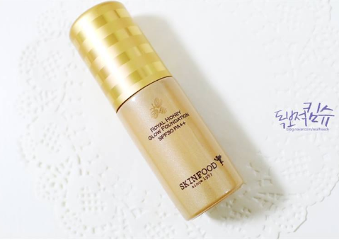 kem-nen-skinfood-make-up-royal-honey-glow-foundation-spf30-pa-06
