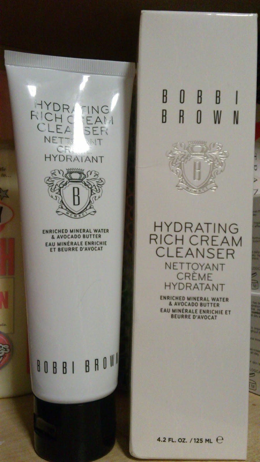 Kem rửa mặt Bobbi Brown Skincare HYDRATING RICH CREAM CLEANSER