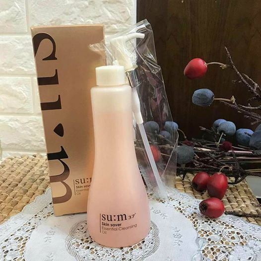 sum37-skin-saver-essential-cleansing-oil-dau-tay-trang-lam-sach-lop-trang-diem-03