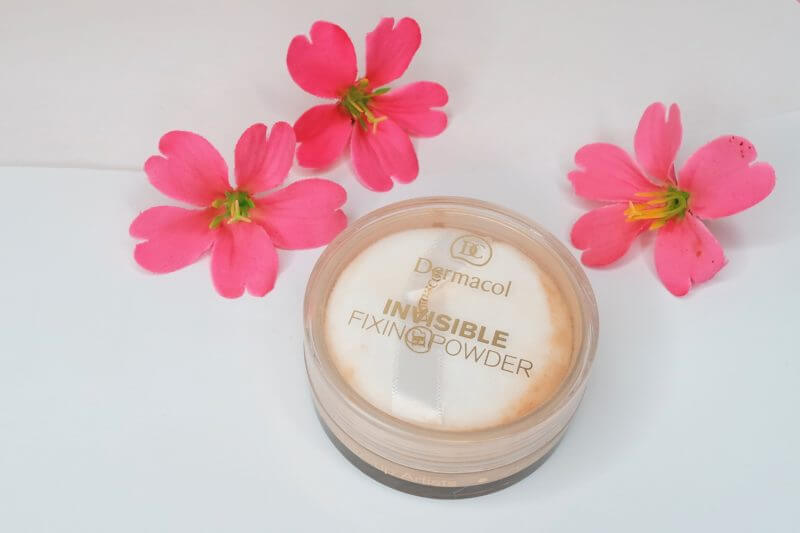 bột phủ Dermacol Make Up Invisible fixing powder
