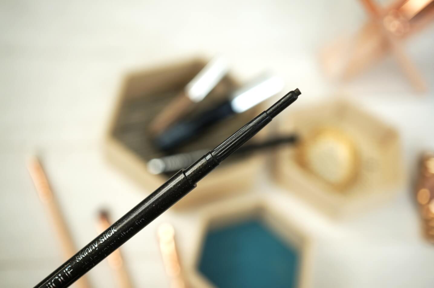 Bút kẻ mắt CLINIQUE Trang điểm mắt Clinique Skinny Stick™