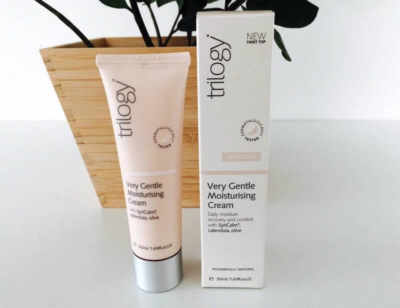 cap-nuoc-nhanh-trilogy-very-gentle-moisturising-cream-01