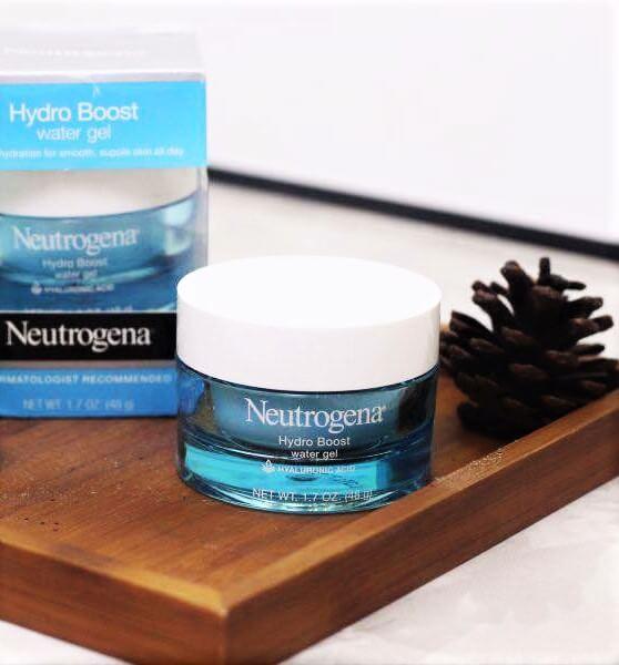 duong-min-da-neutrogena-duong-da-neutrogena-hydro-boost-hydration-set-10-2