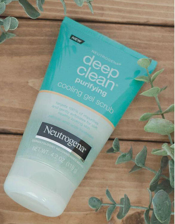 gel-rua-mat-neutrogena-duong-da-deep-clean-purifying-cooling-gel-scrub-04