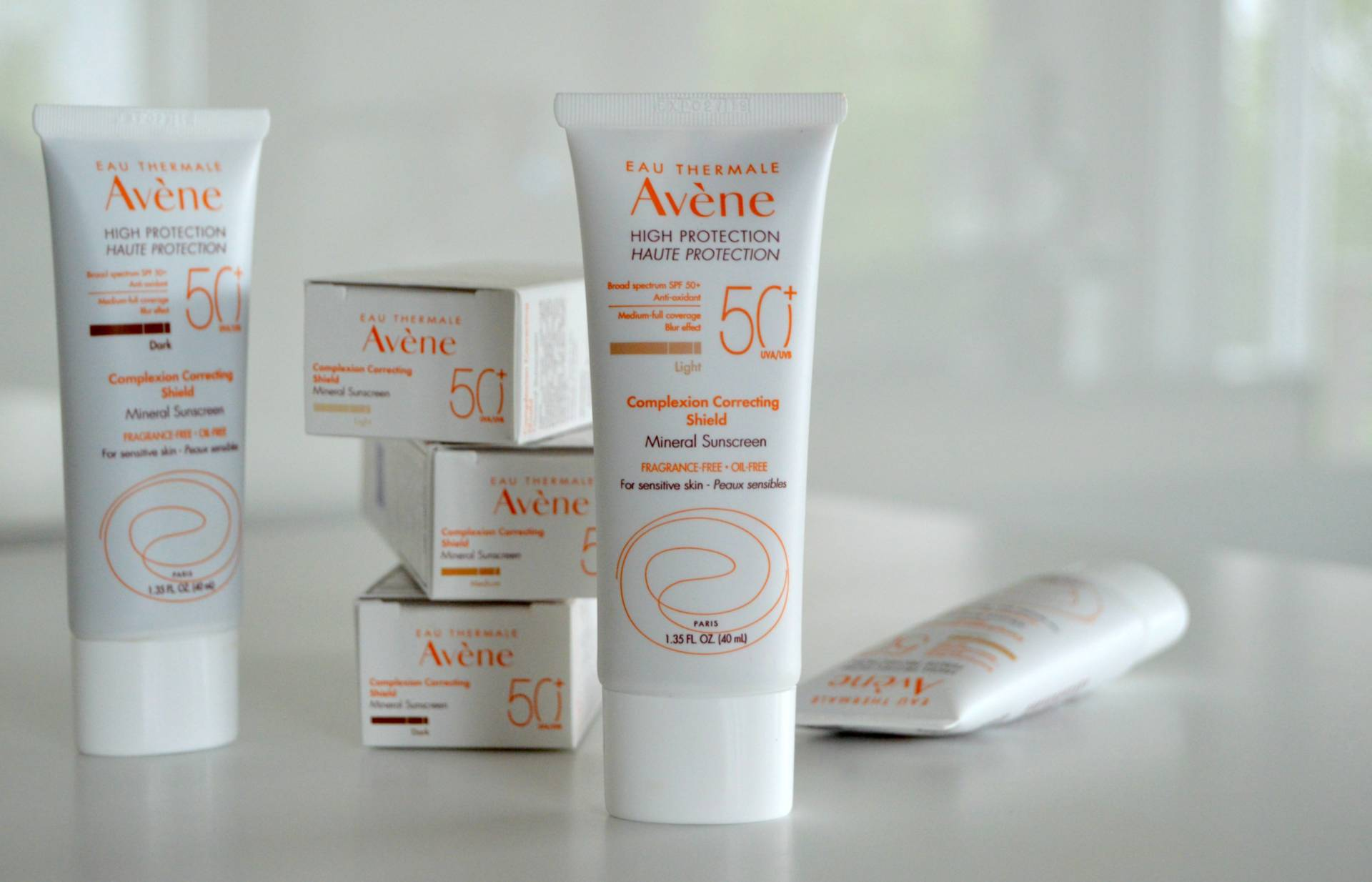 Kem chống nắng Avene Complexion Correcting Shield (Face)
