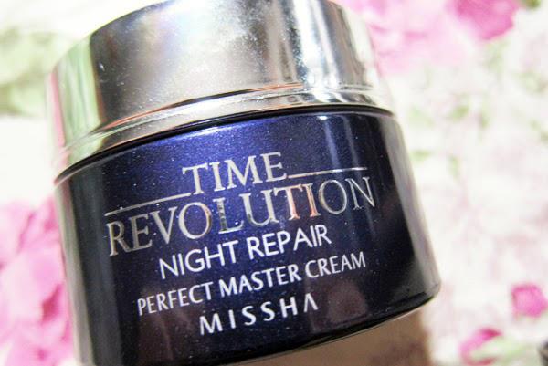 Kem dưỡng MISSHA TIME REVOLUTION NIGHT REPAIR PERFECT MASTER CREAM