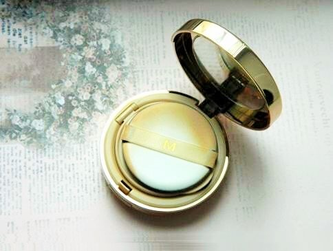 kem-nen-missha-makeup-prism-essence-foundation-03