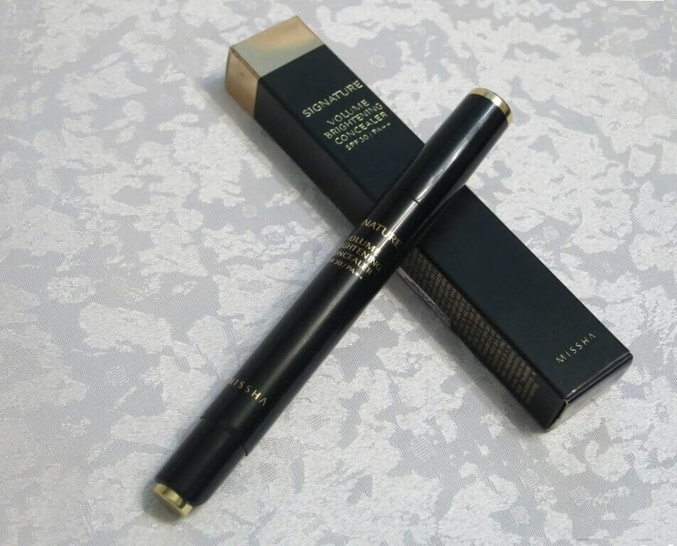 phan-ma-hong-missha-makeup-signature-volume-brightening-concealer-02