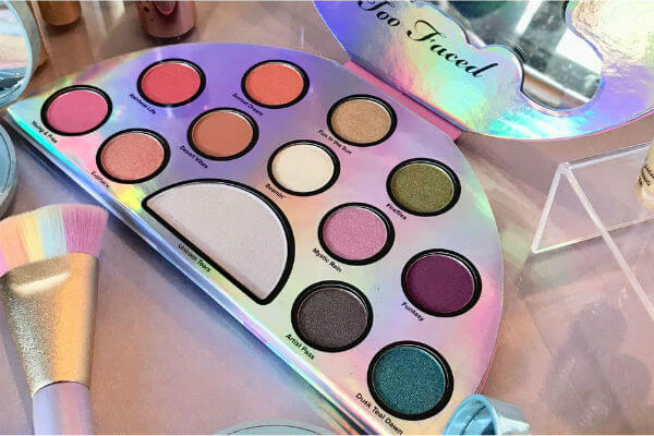 Phấn mắt toofaced Life's a Festival Eye Shadow Palette