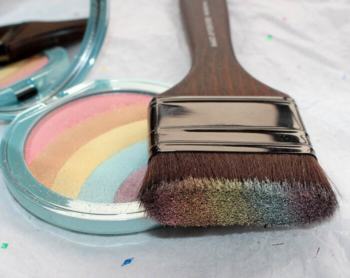Phấn mắt toofaced make up Rainbow Strobe Highlighter