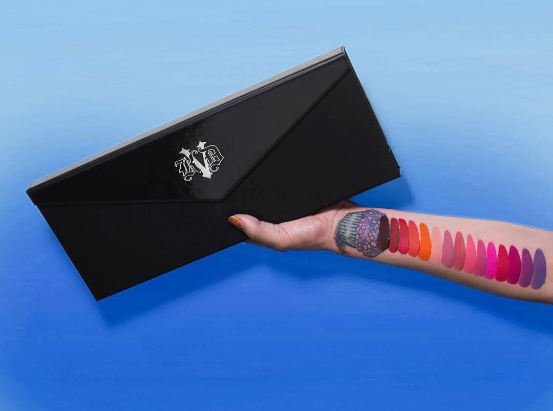 Son Môi  Kat Von D Make up Everlasting Obsession Lip Liner Collector's Edition