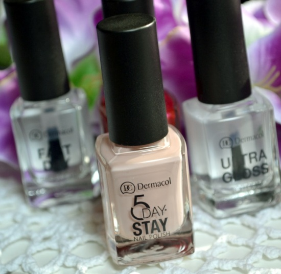 sơn móng Dermacol Make Up 5 day stay nail polish